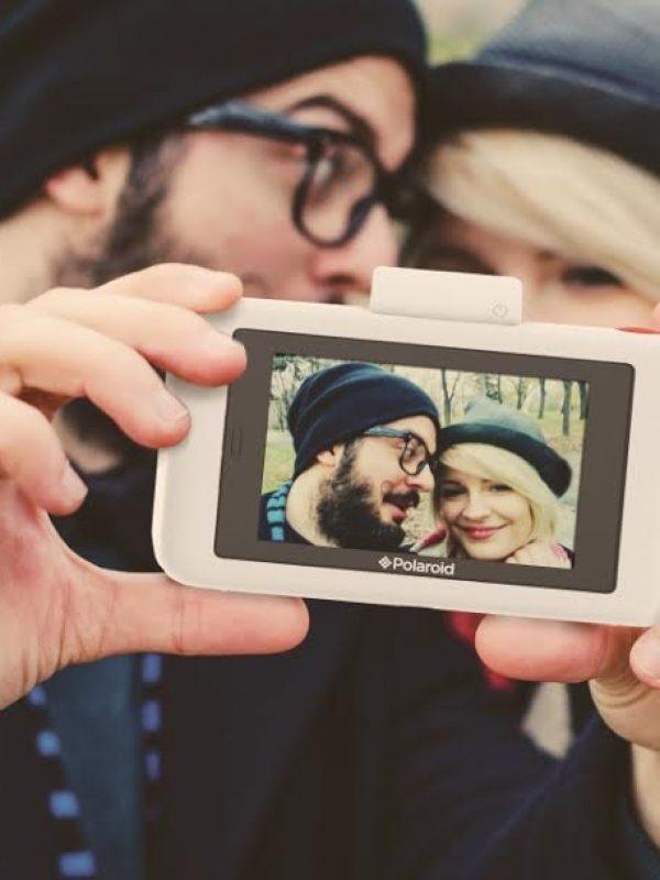 aparat-polaroid-snap-touch-trafia-do-sprzedazy-w-polsce
